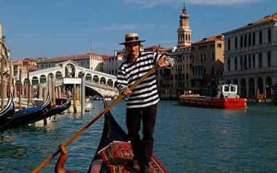 Gondolero de Venecia