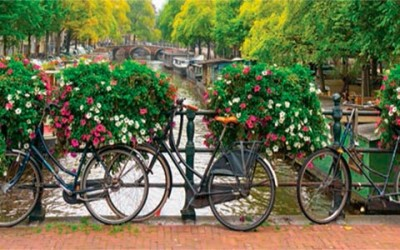 Bicicletas en los Canales de Ámsterdam