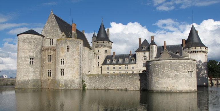 Castillo Sullysur Valle del Loira